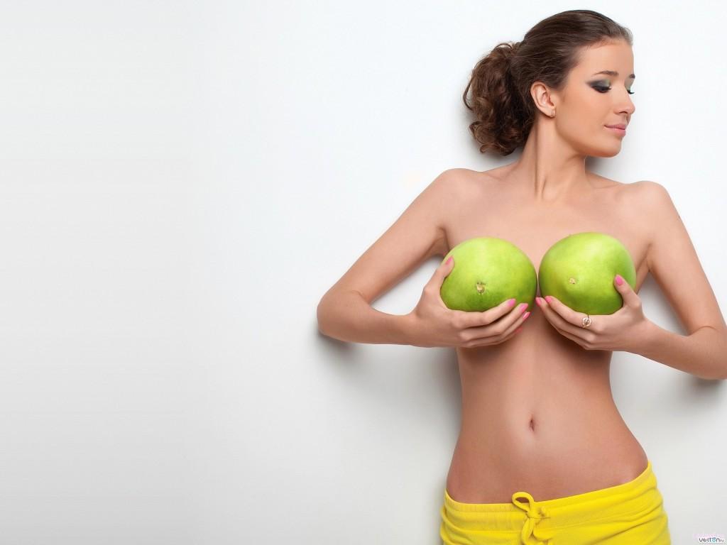 1358793030_kak-opredelit-na-kakoy-frukt-pohozha-grud