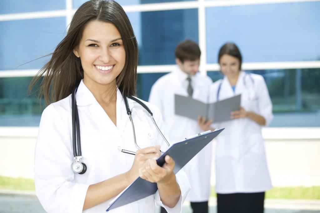 врач фото женщина
