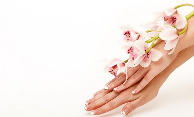 Как масирывать женщине попу пальцем