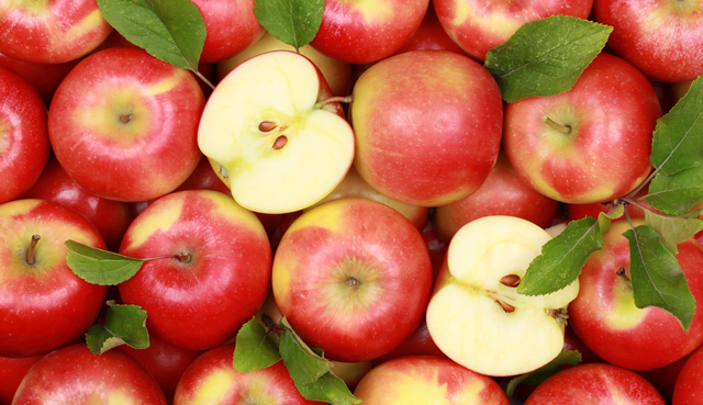 Red apples with leaves